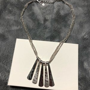 Jewelry - Beautiful silver necklace